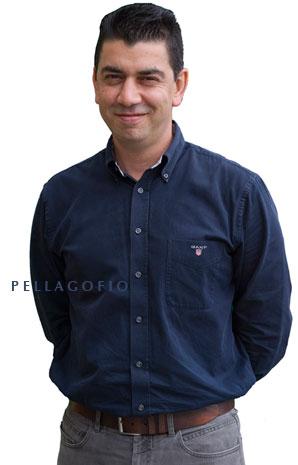 Mario Reyes es propietario de la tasca enoteca El Zarcillo, en Tafira Alta (Gran Canaria).