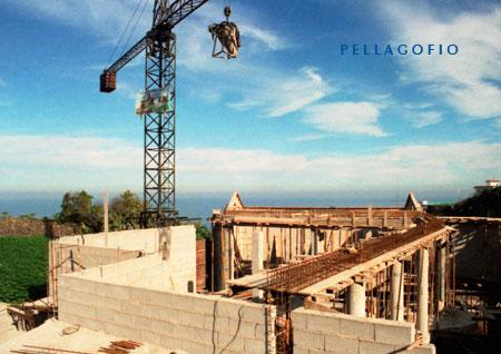 Obras de construcción de la nueva bodega Viñátigo, en enero de 1997. | FOTO Y. MILLARES