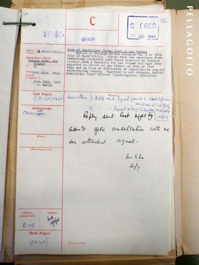 Telegrama del Consulado Británico enLas Palmas al Foreign Office, de julio de 1943, comunicando que el correíllo 'León y Castillo' transporta desde Villa Cisneros a Las Palmas a 10 aviadores ingleses derribados y, ante las dificultades para su repatriación, sugiere que se intercepte el buque | archivo PELLAGOFIO
