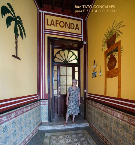 Entrada a la Fonda Melián, así llamada desde los tiempos del bisabuelo de Araceli. Cerró en los 60 del s. XX.| FOTO T. G.