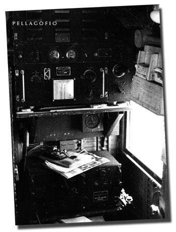 El puesto del radiotelegrafista a bordo del Junkers Ju-52 y el morse. | ARCHIVO PELLAGOFIO (FOTO CEDIDA POR M.R.M.)