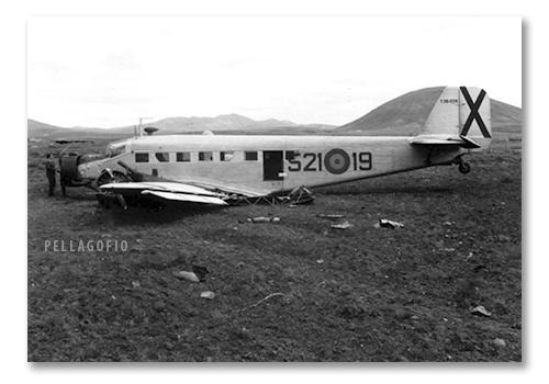 El Junkers Ju-52 realizó el aterrizje forzosop el 20 de diciembre de 1968. | ARCHIVO PELLAGOFIO (FOTO CEDIDA POR M.R.M.)