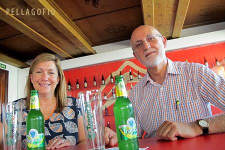 Carmen Herrera y Félix Guío durante la cata para PELLAGOFIO de los nuevos productos de Dorada Especial ideales para gastronomía, junto con otras innovaciones de las marcas Dorada y Tropical. | FOTO YURI MILLARES